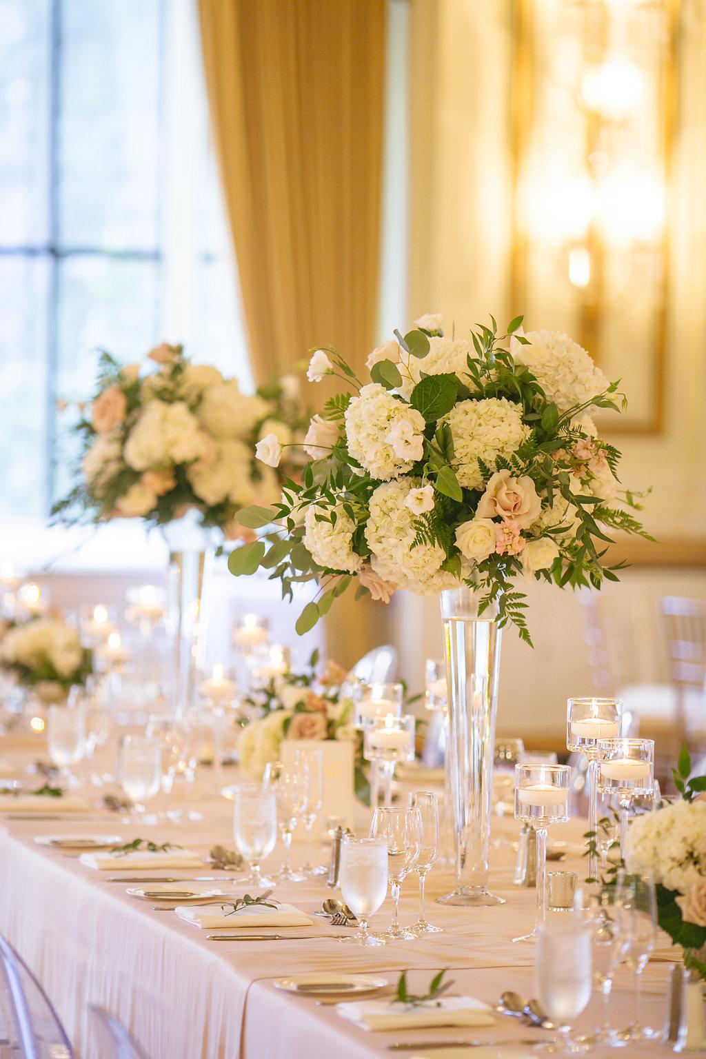A Classic Fairmont Hotel Vancouver Wedding | Denise Elliott
