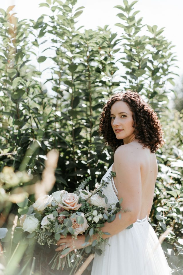 Kelsey - The Bride with a boquet of flowers